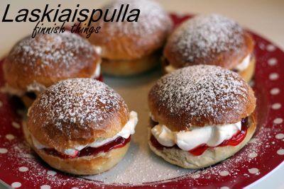 Laskiaispulla – Sweet cardamom buns