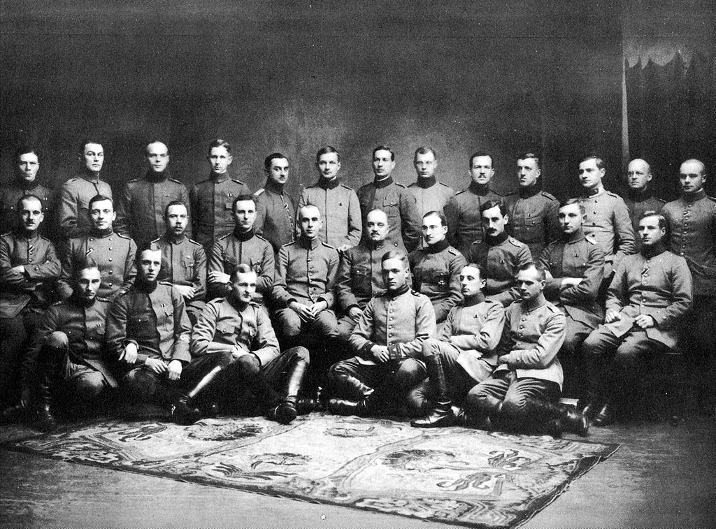 Officers of the Royal Prussian 27th Jäger Battalion (Königlich Preussisches Jägerbataillon Nr. 27) in Liepāja (Libau) in 1917