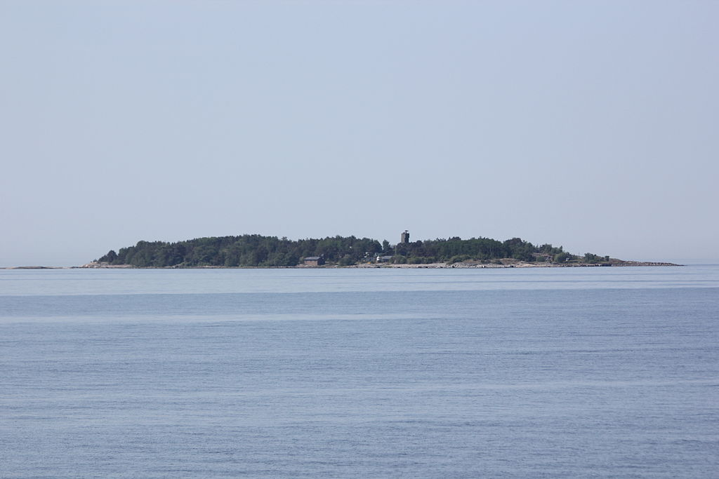 Kuvasaary Coastal Artillery Fortress